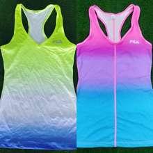 Fila เสื้อออกกำลังกาย สีสะท้อนแสง Fila